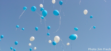Lapland walkers find English kids' balloon