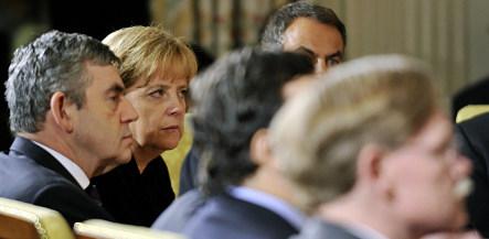 Merkel calls for tighter rules at G20 summit