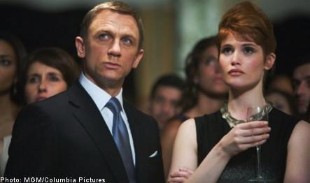 Cop reports quantum of bubbly at Bond premiere