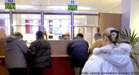 Asylum seekers 'should live near jobs'