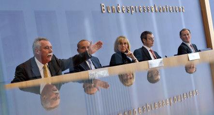 German economy seen grinding to halt in 2009