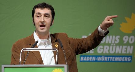 Özdemir says schools should teach Turkish language