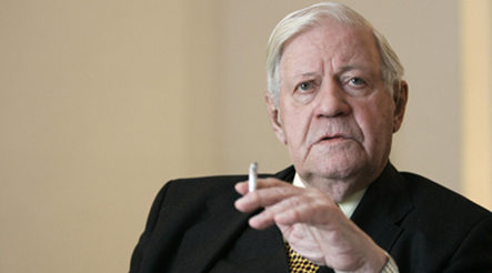 Former Chancellor Helmut Schmidt to release Bach CD
