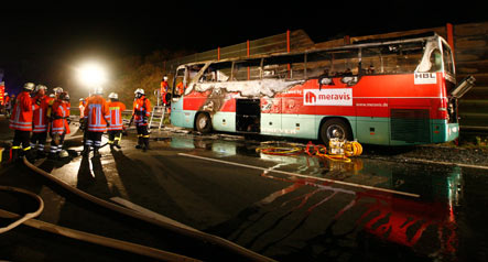20 die in fiery bus accident near Hannover