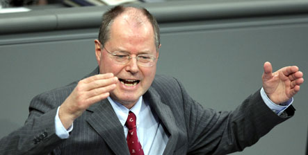 Steinbrück warns against 'growth bubble'