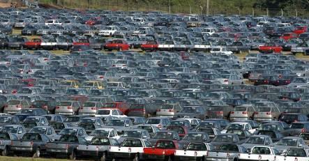 VW sells Brazilian truck division