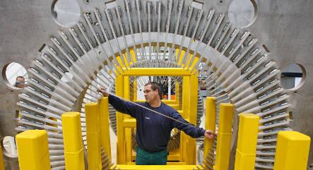 Siemens pays almost €1 billion to settle corruption case