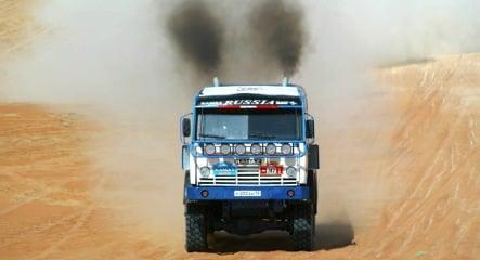 Daimler seeks stake in Russian truck maker Kamaz