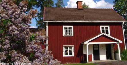 Swedish property slump rumbles on