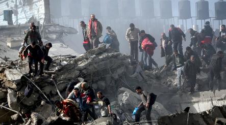 Merkel blames Hamas for Gaza violence