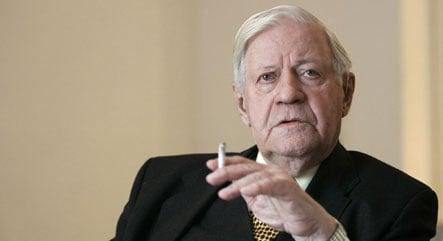 Former Chancellor Helmut Schmidt turns 90