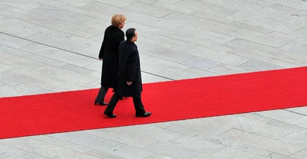 Berlin vows to combat crisis with Beijing