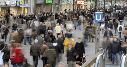 Retail sales sank in 2008