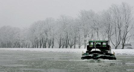 German shipping traffic blocked as rivers freeze