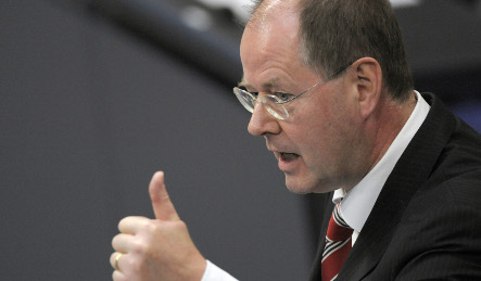 Steinbrück open to 'bad bank' to ease toxic investments