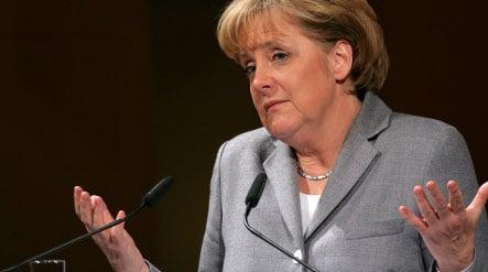 Merkel calls for more women in top business positions