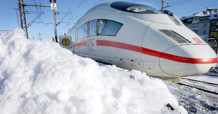Deutsche Bahn ICE train brakes freeze