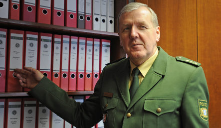 Doubts cloud Mannichl Nazi stabbing claims