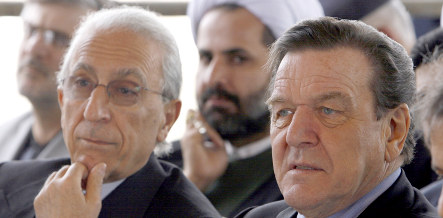 Schröder slammed for 'private' visit to Iran