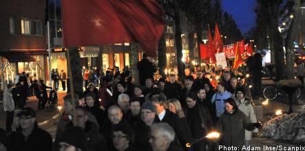 Saab workers stage demonstration