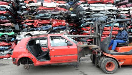 Junk car premium boosts consumers