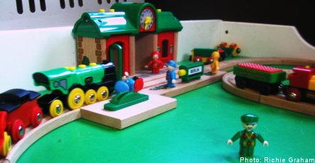 Toymaker Brio wards off bankruptcy