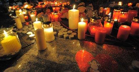 Police probe gunman's internet threat
