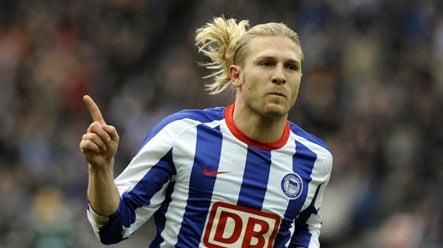 Hertha's Voronin proves blonds have more fun in Berlin