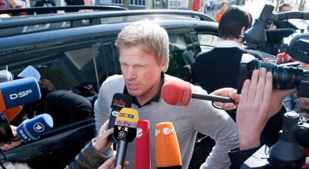 Kahn eyeing Schalke manager job