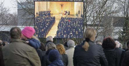 Köhler attacks virtual violence at massacre memorial service