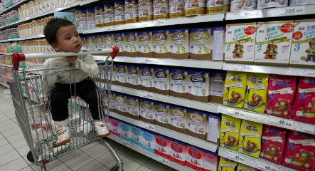 China recalls German baby powder containing asbestos