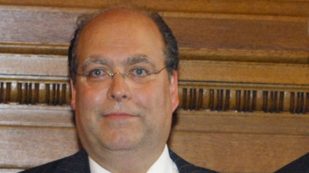Hamburg Jewish Community leader fired over vague heritage