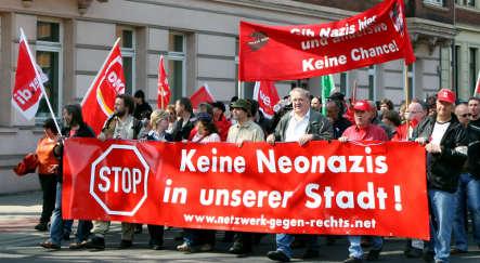 Anti-fascists successfully block neo-Nazi march
