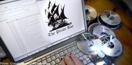 Pirate Bay shields 100,000 users