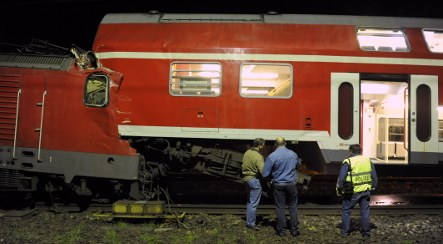Train collision injures two dozen in Berlin