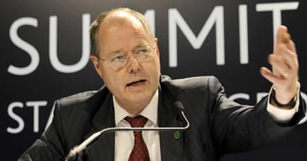 Steinbrück warns of massive debt