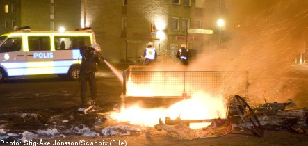 'Curfews and police' can curb Rosengård fires