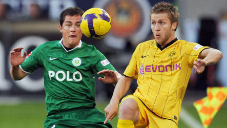 Wolfsburg stays on top as Bayern and Hertha keep pace