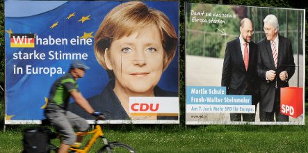 Merkel urges Germans to vote in EU poll