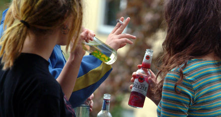 Heidelberg pushes nighttime booze ban to curb youth drinking