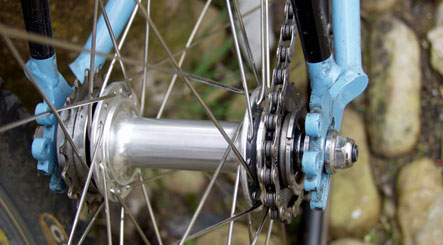 Fixed-gear bikes spark police crackdown in Berlin
