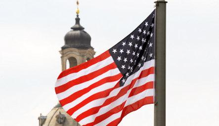 Dresden awaits Obama as Berlin feels slighted