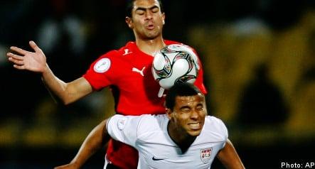 US striker Davies leaves Sweden