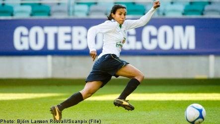 Umeå's women footballers to challenge American all-stars