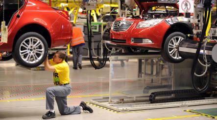 Belgian investor would cut 10,000 jobs at Opel