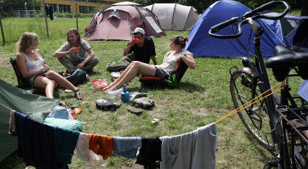 Recession spurs camping revival