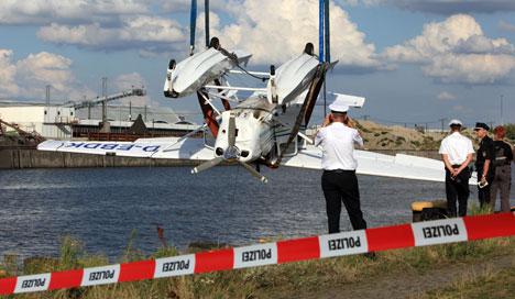 Two dead in seaplane crash in Hamburg