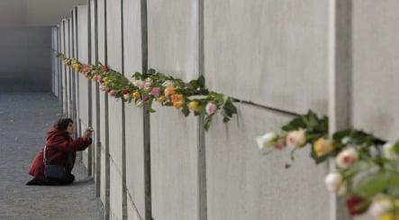 Tragic Berlin Wall tunnel heroes honoured