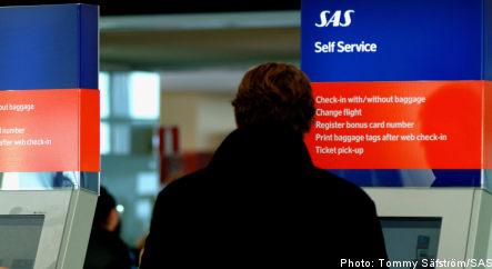 SAS slashes workforce to save cash