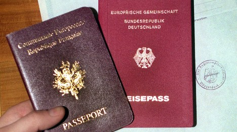 SPD backs new rules for dual citizenship